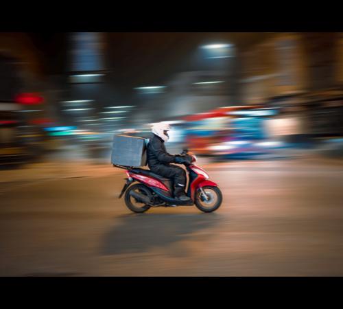 Rider: per Deliveroo Italy arriva una sonora sanzione